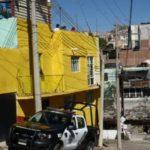 ¡Hombre se salvó de morir electrocutado al pintar una casa en Zacatecas!