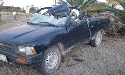 ¡1 muerto y 1 lesionado tras brutal choque entre una camioneta y un camión de carga en Aguascalientes!