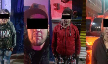 ¡Detuvieron a 3 sujetos y 2 mujeres con objetos robados de la tienda AT&T en Aguascalientes!