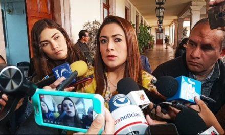¡Diario nos peleamos con VEOLIA por el pésimo servicio: Teresa Jiménez Esquivel!
