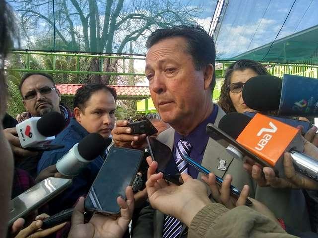 ¡No baja la guardia el IEA ante enfermedades respiratorias entre alumnos: Raúl Silva Perezchica!