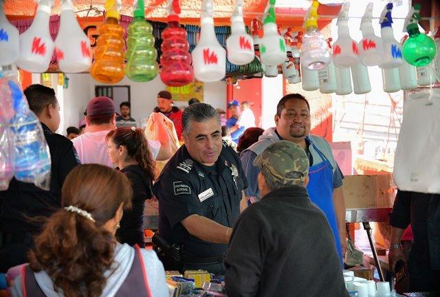 ¡Refuerza Policía Municipal vigilancia y proximidad en los tianguis de la ciudad!