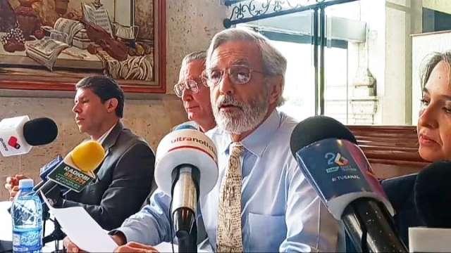 ¡Reprueban exhibicionismo e intereses personales, exigen coordinación para mejorar la seguridad: Enrique López Vázquez!