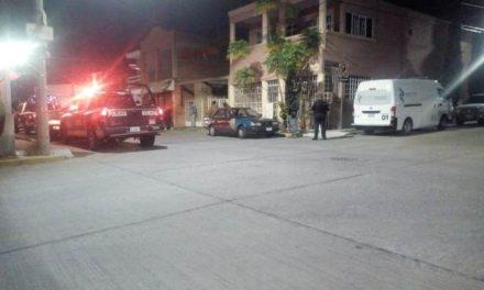¡Joven se ahorcó con una cuerda en el patio de su casa en Aguascalientes!