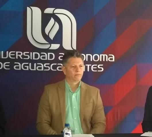 ¡Se ha logrado aumentar el contacto y tratamiento con pre-suicidas: Francisco Javier Pedroza Cabrera!