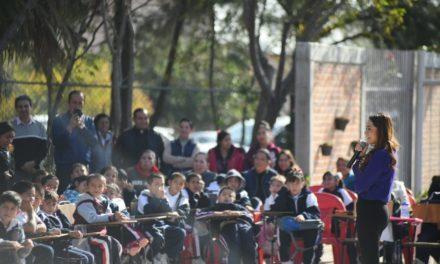 ¡Tere Jiménez dignifica escuela de la Ciudad de los Niños!