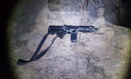 ¡Tras agresión en Loreto, Policía Estatal aseguró un arma de fuego, cargadores y un chaleco balístico; hubo un detenido!