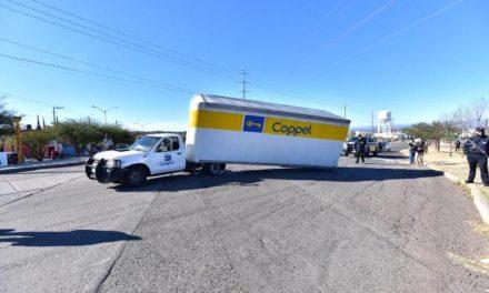¡Policías municipales de Aguascalientes recuperaron camioneta de Coppel robada con violencia!