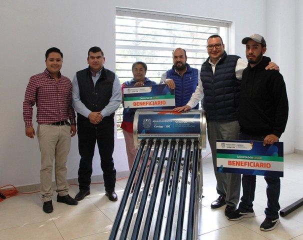¡Inicia SEDESO entrega de calentadores solares en municipios del interior!