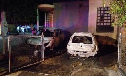 ¡Acusan a policía estatal de Aguascalientes de incendiar 2 autos de su pareja!