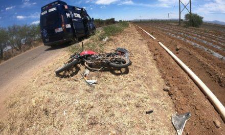 """¡Motociclista """"El Chato"""" murió atropellado por una camioneta en Fresnillo!"""