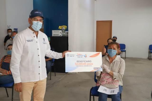 ¡Inicia gobernador MOS entrega de apoyos a micronegocios en los municipios del interior!