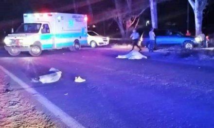 ¡2 muertos tras fuerte choque entre una moto y un auto en Tlaltenango!