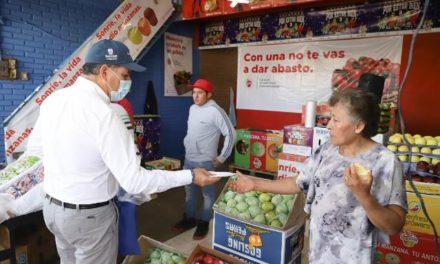 ¡Gobernador inicia entrega de miles de cubrebocas en distintos puntos del Estado y municipio capital!