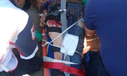 ¡Agoniza motociclista que se accidentó en Aguascalientes!