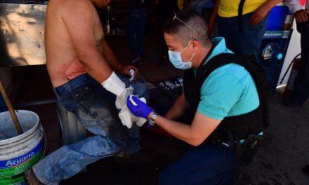 ¡Hombre resultó quemado tras incendiarse su camioneta en Aguascalientes!