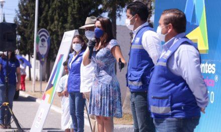 ¡Continúa Tere Jiménez con la entrega de tinacos y apoyos alimenticios!