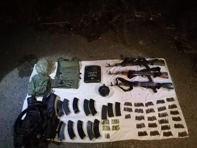¡Guardia Nacional aseguró armas de grueso calibre y equipo táctico en poblado de Zacatecas!