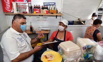 ¡Municipio continúa promoviendo hábitos de higiene en tianguis y mercados para proteger la salud!