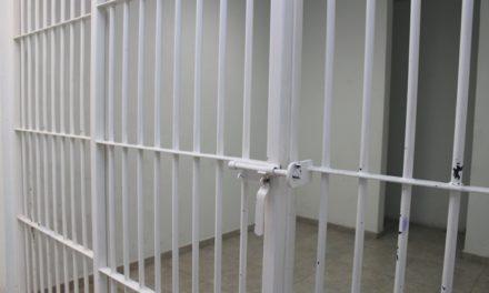 ¡Agentes de la Fiscalía de Aguascalientes detuvieron a pareja de narcomenudistas!