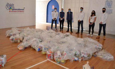 ¡DIF Municipal apoya con alimento a estudiantes de la UAA en situación vulnerable!