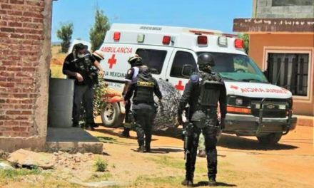 ¡Intentaron ejecutar a un joven afuera de su casa en la colonia Hípico en Guadalupe!