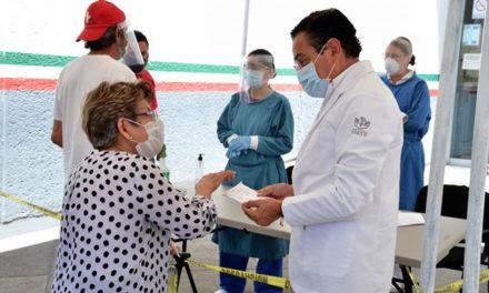 ¡DIF Municipal apoya al ISSSTE para la instalación de filtros sanitarios!