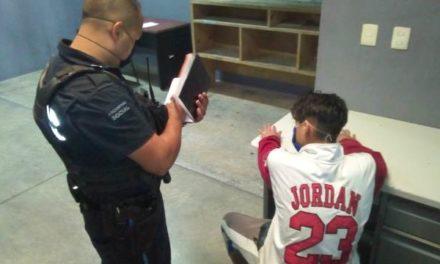 ¡Policías municipales de Aguascalientes salvaron a adolescente que quería matarse!