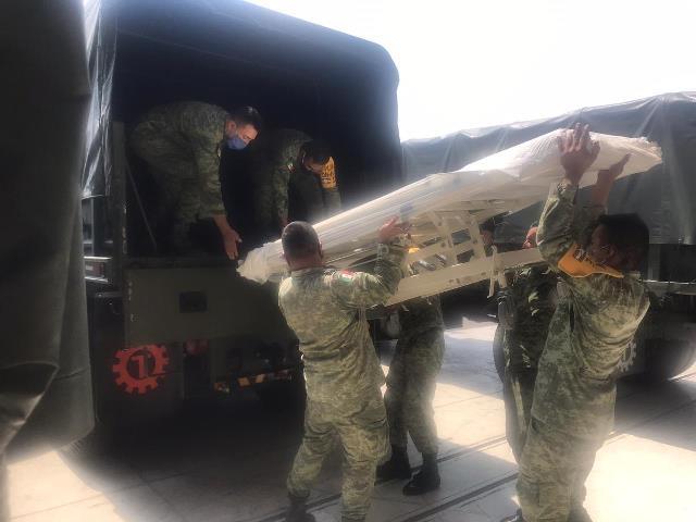 ¡Vehículos militares realizan viaje logístico con insumos y material médico para atención de Hospitales INSABI COVID-19 de Zacatecas!
