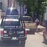 ¡Intentaron ejecutar a una mujer policía a bordo de su patrulla en Guadalupe!