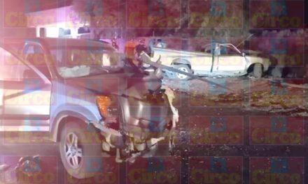 ¡Choque entre dos camionetas en Lagos de Moreno dejó saldo de 1 muerto y 2 lesionados!