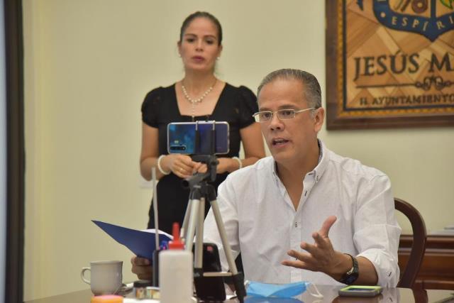 ¡Aunque se abrirán establecimientos, pide Toño Arámbula no relajar medidas sanitarias!