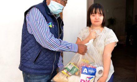 ¡DIF Municipal lleva apoyos alimenticios a personas con discapacidad!