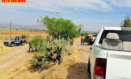 ¡Ejecutaron a 3 hombres en una camioneta en Morelos, Zacatecas!