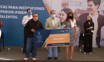 ¡Gobierno de Martín Orozco garantiza formación profesional competitiva con apoyos a más de 270 estudiantes de nivel superior!