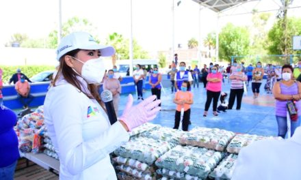 ¡Tere Jiménez estuvo de visita en comunidades rurales para entregar apoyos!
