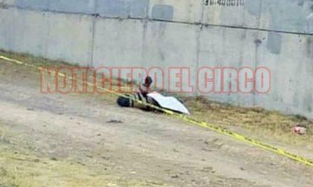 ¡Hallaron ejecutado y encobijado a un hombre en Río Grande junto con un narco-mensaje!
