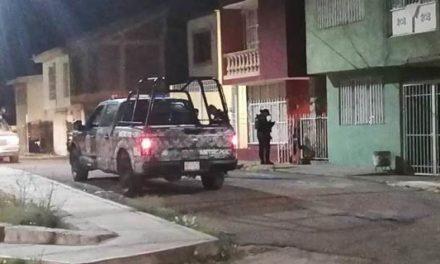 ¡Afuera de su casa en Gavilanes, en Guadalupe, intentaron ejecutar a un hombre!