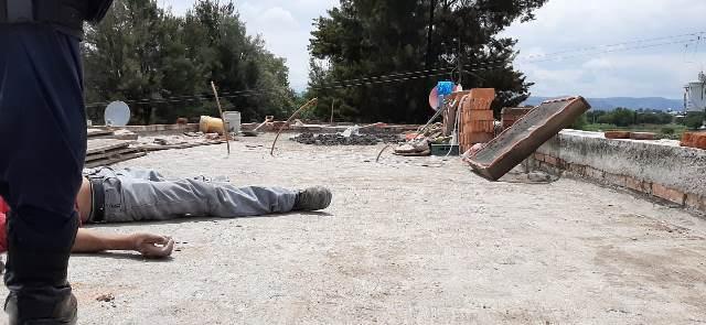 ¡Joven albañil murió electrocutado en la azotea de una casa en Aguascalientes!