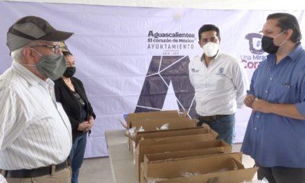 ¡Municipio y Club Leones llevaron lentes graduados a vecinos de la colonia Gremial!