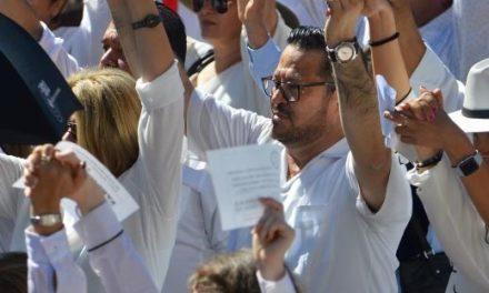 ¡Todos estamos llamados a participar en la reconstrucción del país, dice Fernando Herrera!