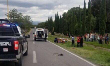 ¡Murió joven motociclista embestido por una camioneta en Aguascalientes!