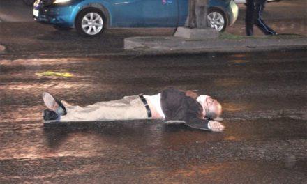 ¡Murió hombre embestido en su triciclo por una camioneta en Aguascalientes!
