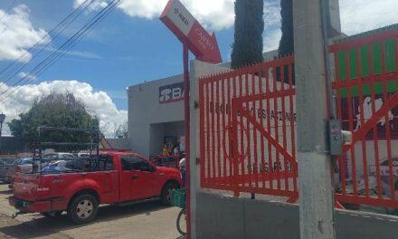 ¡Cuentahabientes fueron despojados de $230 mil en efectivo al ser asaltados en Aguascalientes!