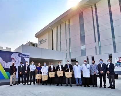¡Grupo de Industriales dona 500 trajes de protección a personal médico para enfrentar al COVID-19!