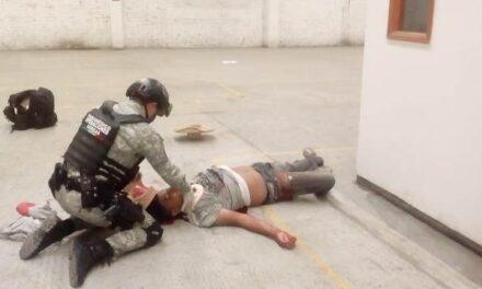 ¡Grave adolescente que cayó de 15 metros de altura en una bodega en Aguascalientes!