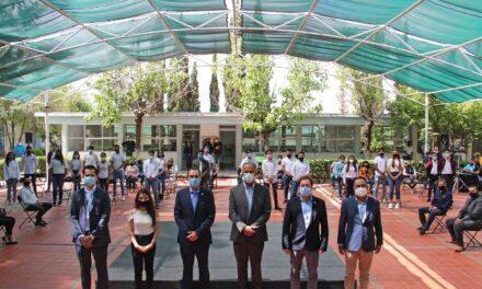 ¡Participa alcalde de Jesús María en clausura de 19ª Generación de Becarios escuela- empresa-gobierno!