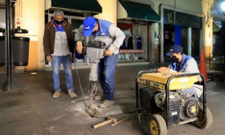 ¡Retoma Municipio de Aguascalientes brigadas nocturnas para rehabilitar vialidades!