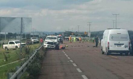 ¡Choque entre una camioneta y una motocicleta en Aguascalientes cobró su segunda víctima mortal!