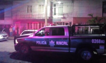 ¡Hombre se colgó del tubo de la regadera de su casa en Aguascalientes para matarse!